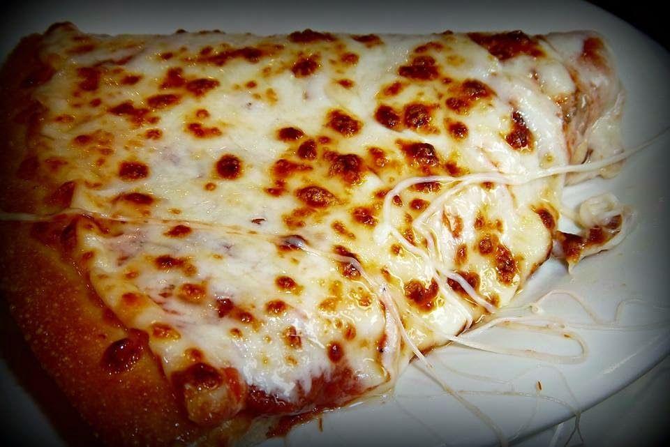 طريقة عمل عجينة بيتزا هت عالم الطبخ والجمال Easy Steak Recipes Cheese Pizza Food