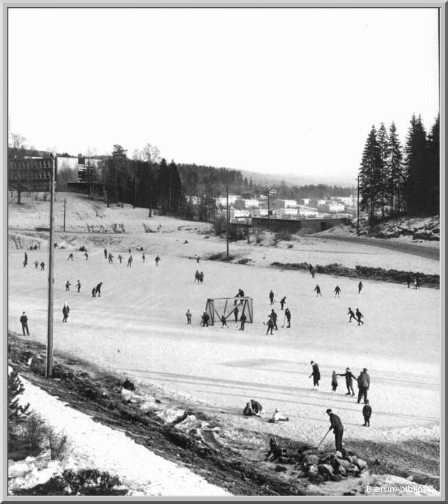 Eikeli. Eikeli skøytebane. Vinter(1960)