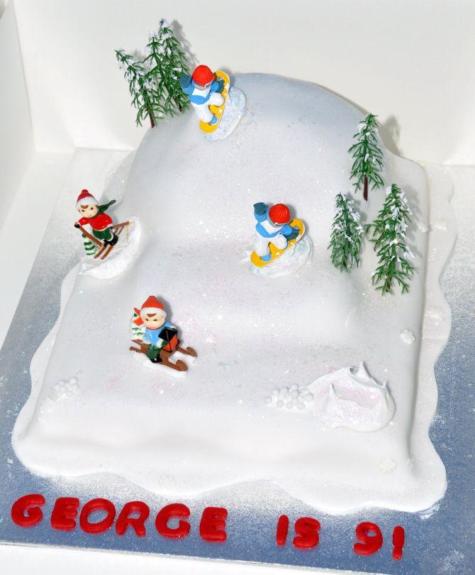 Christmas Cake Decorations Skiers