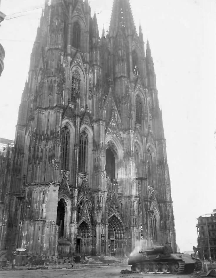 Pin Auf Kole Cologne 1945
