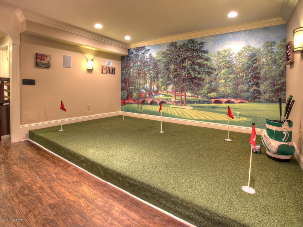 Photo of I miss my basement putting green! #recreationalroom #recreational #room #man #ca…