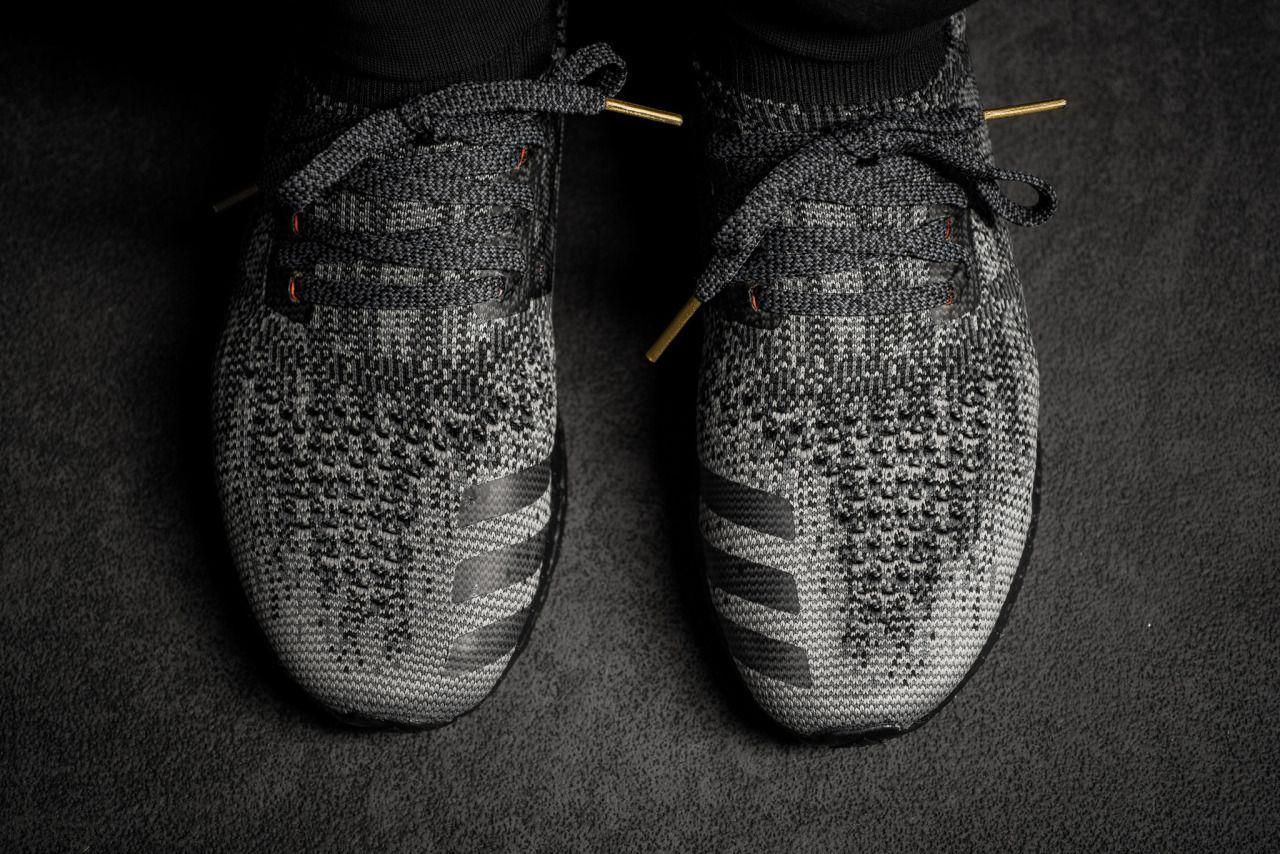 adidas ultra boost uncaged oreo on foot