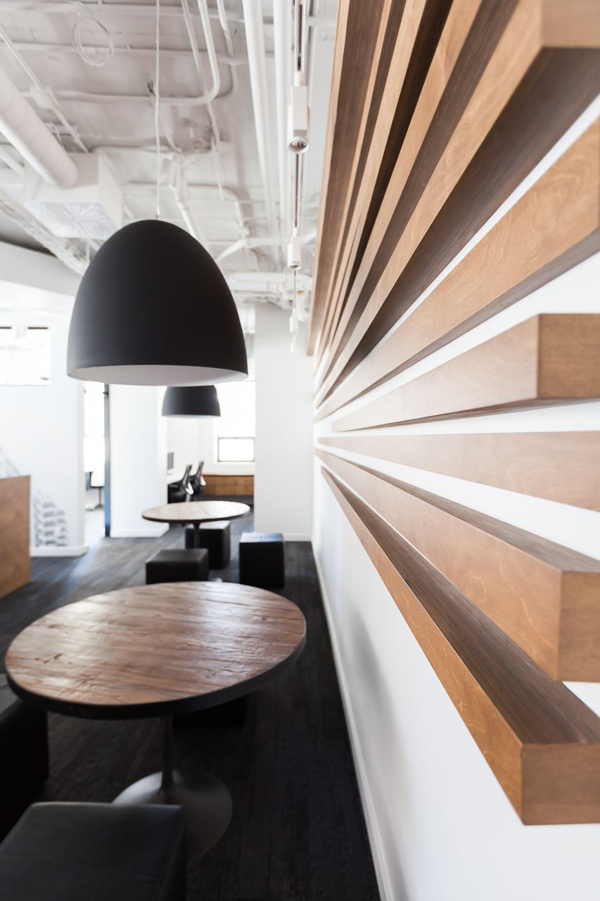 Akelius Montral Meeting area kltz design inc MODERN