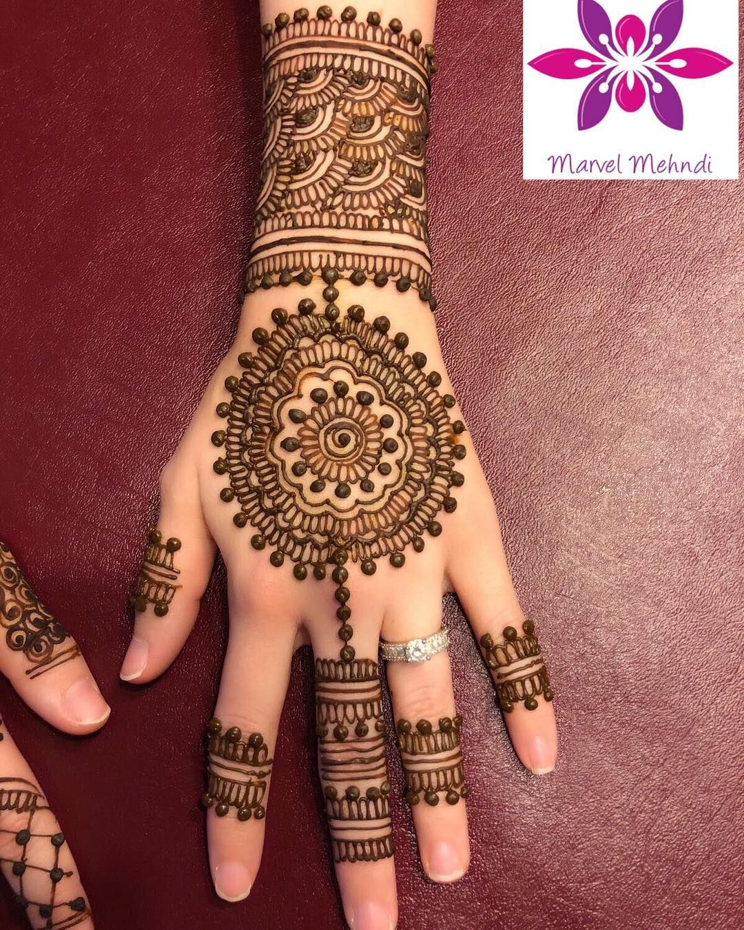 We Love Fancy Henna Designs For All The Fun Party Events Henna