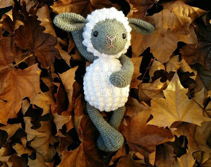 Photo of oveja blanca y gris, animales de peluche, oveja de ganchillo, oveja amigurumi, cordero de ganchillo, peluche corderito, regalos para niños