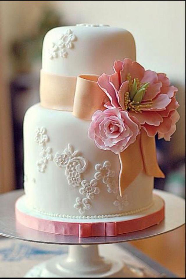 Browse Through Our Wedding Cake Gallery Images Of Yellow Cakes Summer Ideas Cupcakes Cup