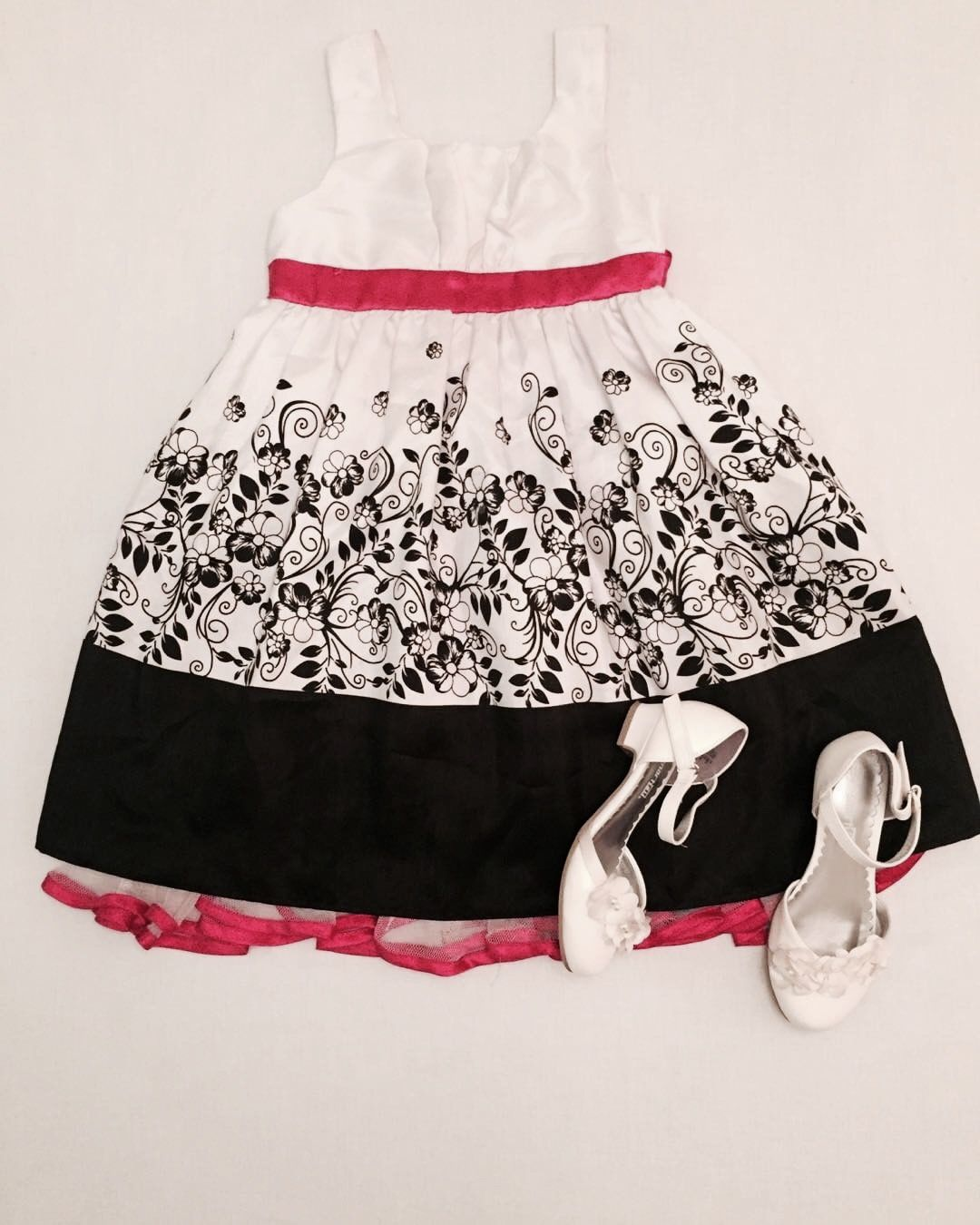 Perfect for your little princess!  Dress and shoes available on adorablestuff.ca ❤️