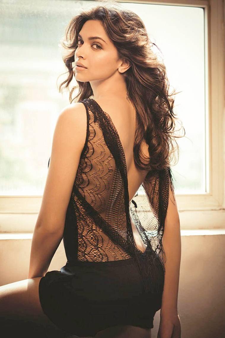 Hot And Sexy Bollywood Actress Deepika Padukone Very Erotic Navel And Beautiful Pics Collection