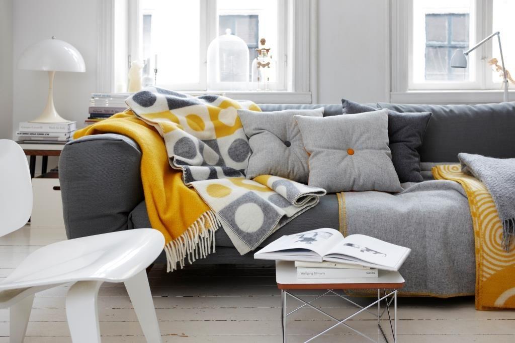 Salon jaune et gris | projet studio | Pinterest | Chambre jaune ...