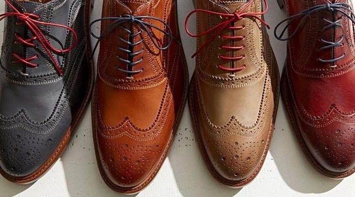 9d5e0f9946 Macho Moda - Blog de Moda Masculina  Cadarço Colorido no Sapato