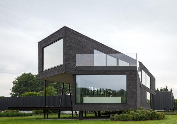 Stelzen aus stahl b rogeb ude in belgien architektur dynamische formen pinterest - Dynamische architektur ...