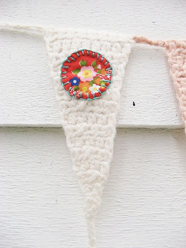 cute detail on crocheted bunting
