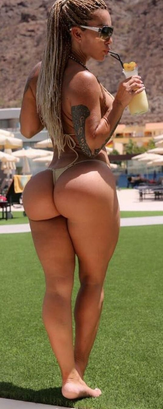 Sexy Tanned Ass