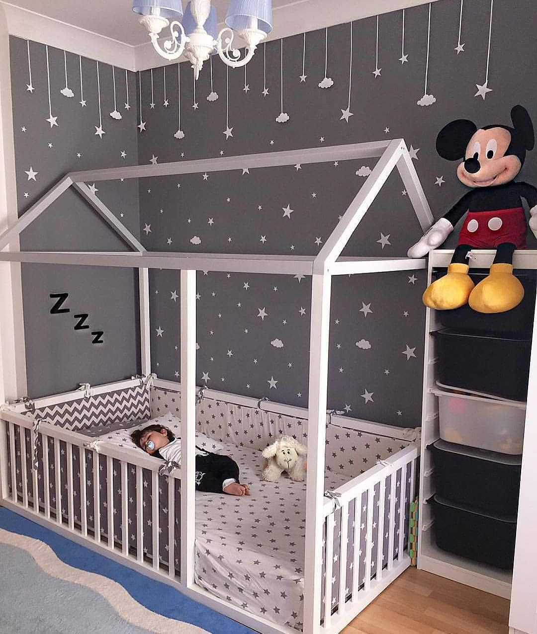 Pin de Ellie Bradley en nursery ideas | Pinterest | Camas, Bebé y Bebe