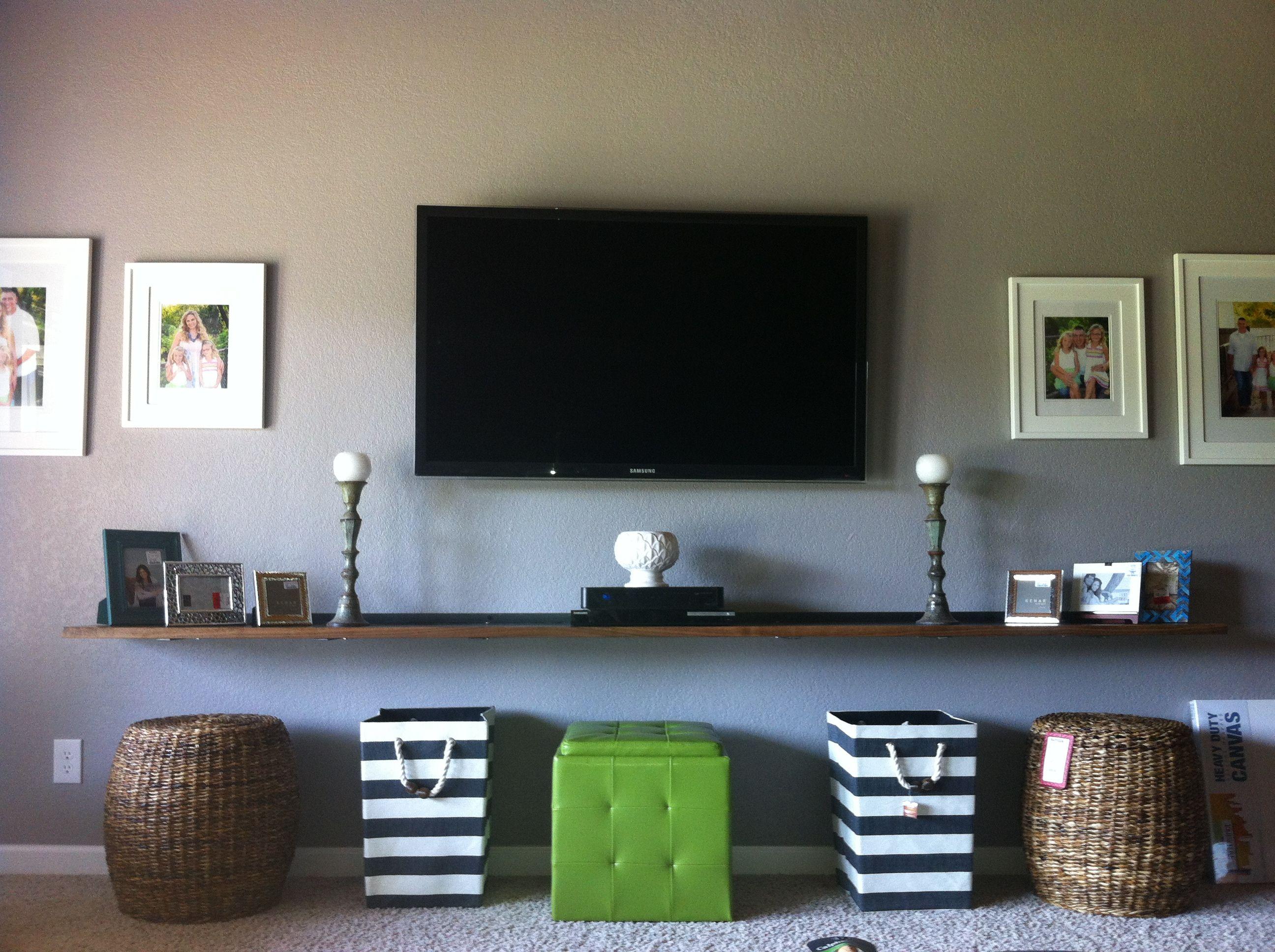 New living room entertainment center hubby made the for Decoracion hogar nou centre