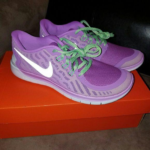 huge discount f9343 e5806 Nike Free Run 5.0 Sz 8.5 New in the box Womens 8.5 Youth 7 ...