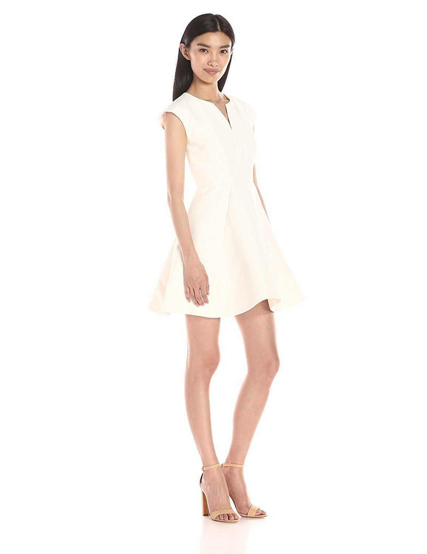 Amazon.com: HALSTON HERITAGE Women's Structured Dress with Geo Seams: Clothing