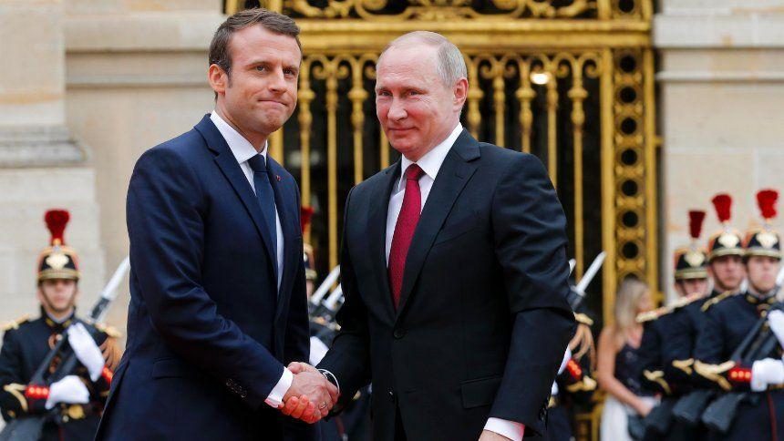 Macron trifft Putin...