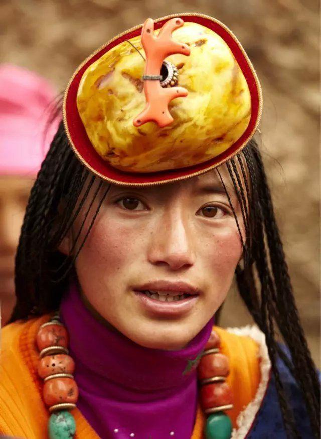 tibetan khampa  women