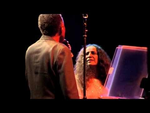 ▶ Maria Bethânia & Gilberto Gil - Lamento Sertanejo / Viramundo - YouTube