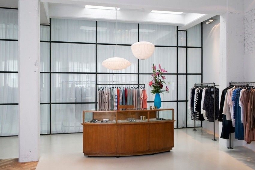 pingl par comment tu t 39 appelles sur shops eshops. Black Bedroom Furniture Sets. Home Design Ideas