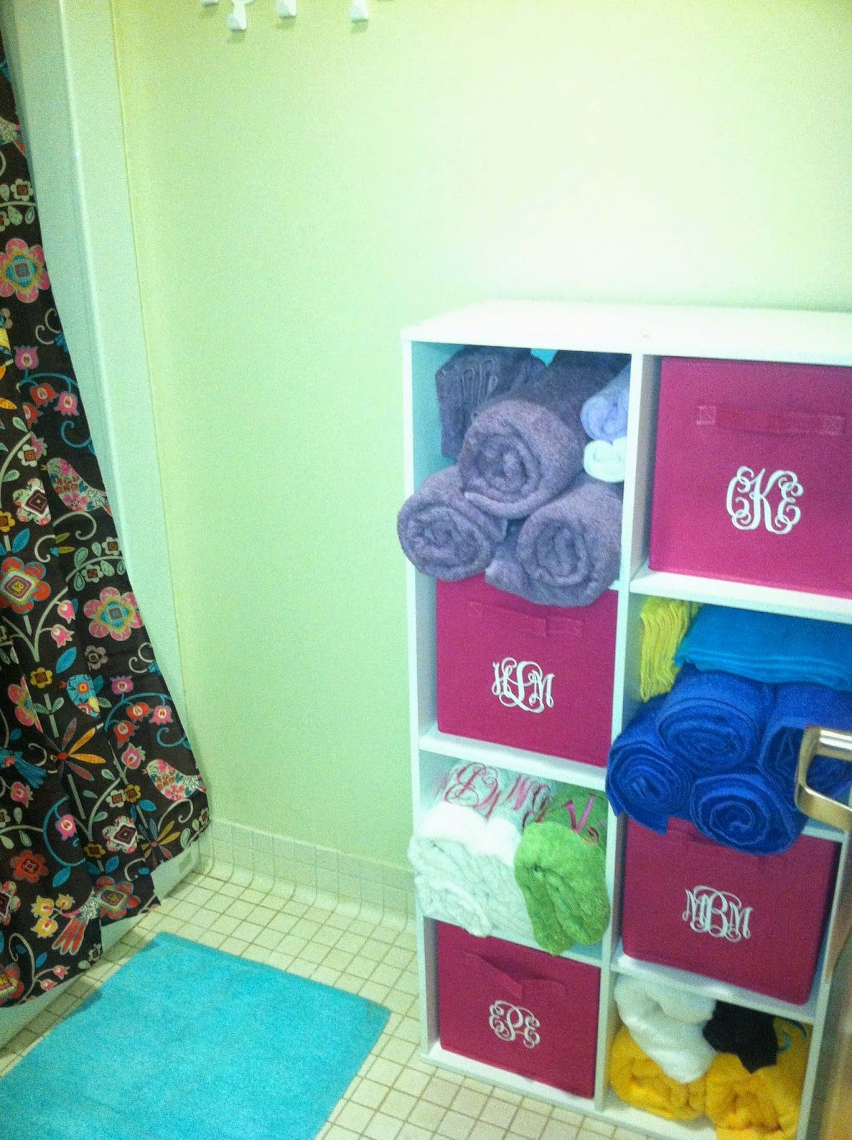 Use Stackable Cubes For Bathroom Storage How To Survive Your Dorm Bathroom Great Idea For A Four Person Suite