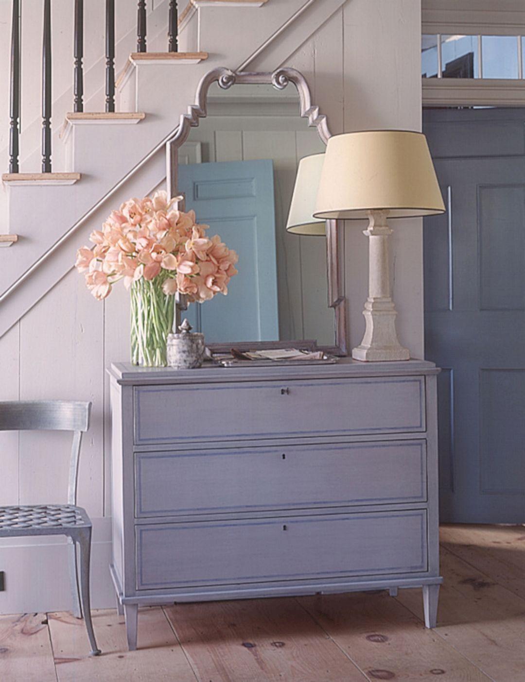 35+ Wonderful Small Entryway Cabinet Design Ideas ...