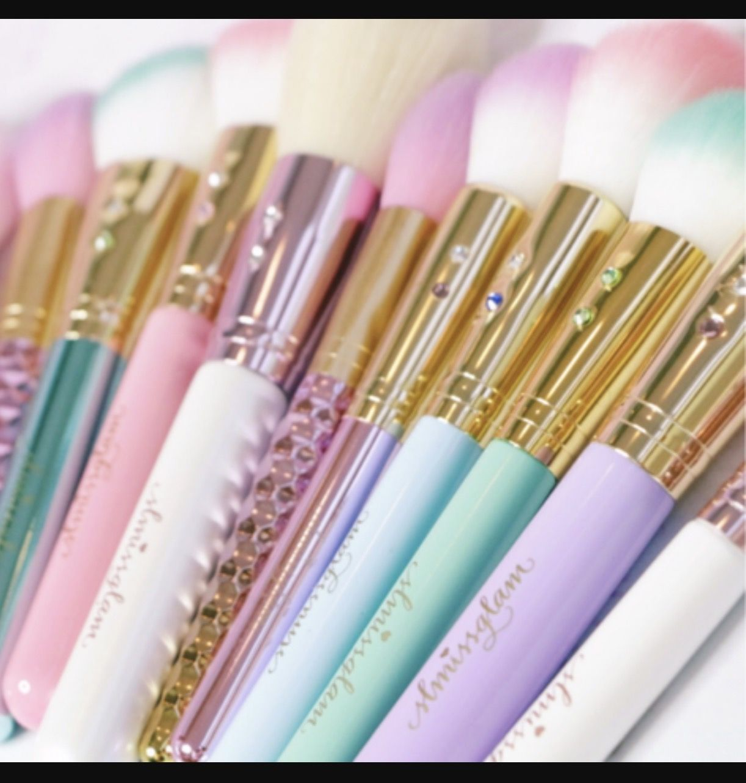Sl miss glam brushes Makeup, Beauty blender, Makeup brushes