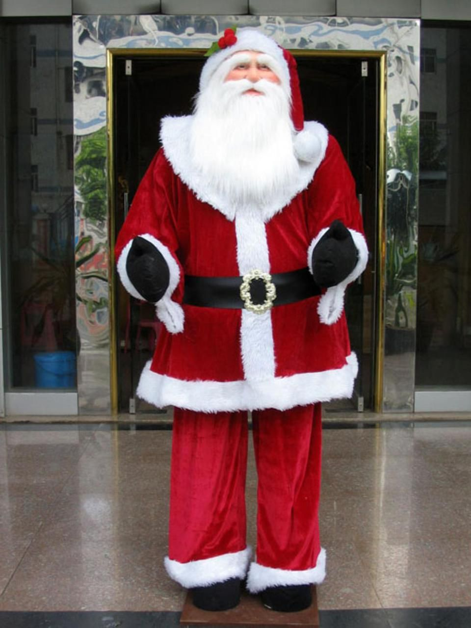 Huge 6 Foot Life Size Decorative Plush Santa Claus Sitting Or Standing 7580006 Christmascentral Plush Santa Claus Dancing Santa Santa Claus Figure