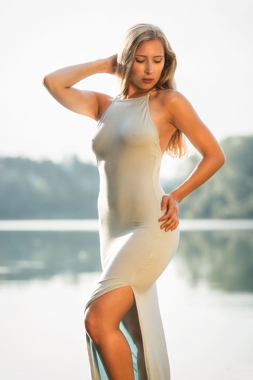 Model anna девушка для работы на ферме