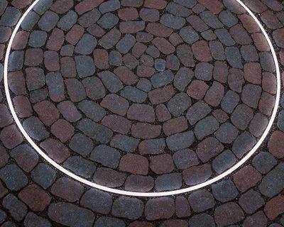 Trend FOCUS LED CIRCLE LIGHT u Braun Steine Kombination aus Licht und ARENA Pflastersteinen