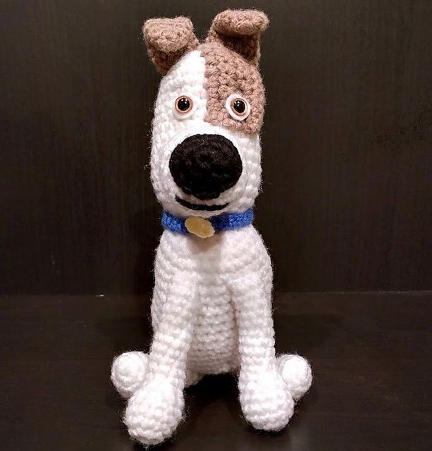 With All The Hype Of The Secret Life Of Pets I Couldn T Resist Making A Few Characters So Crochet Dog Sewing Stuffed Animals Crochet Toys Patterns