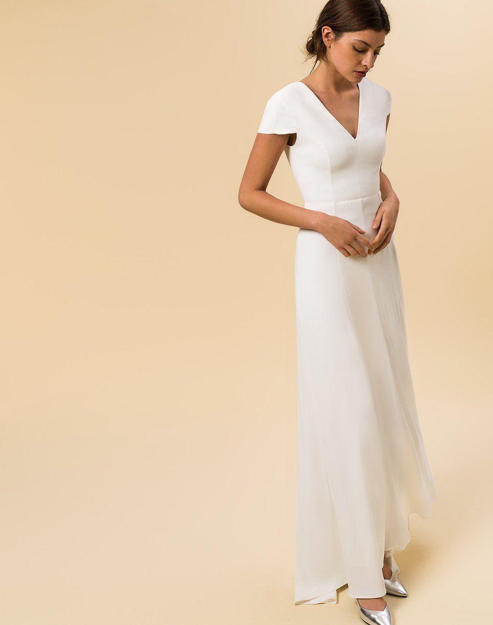 Maxi Brautkleid mit Rückenausschnitt und Schleppe cremeweiß