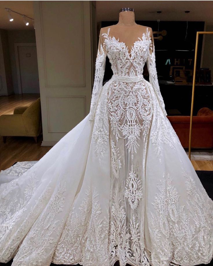 Gorgeous lace wedding dress. Makes a bride feel beautiful ...