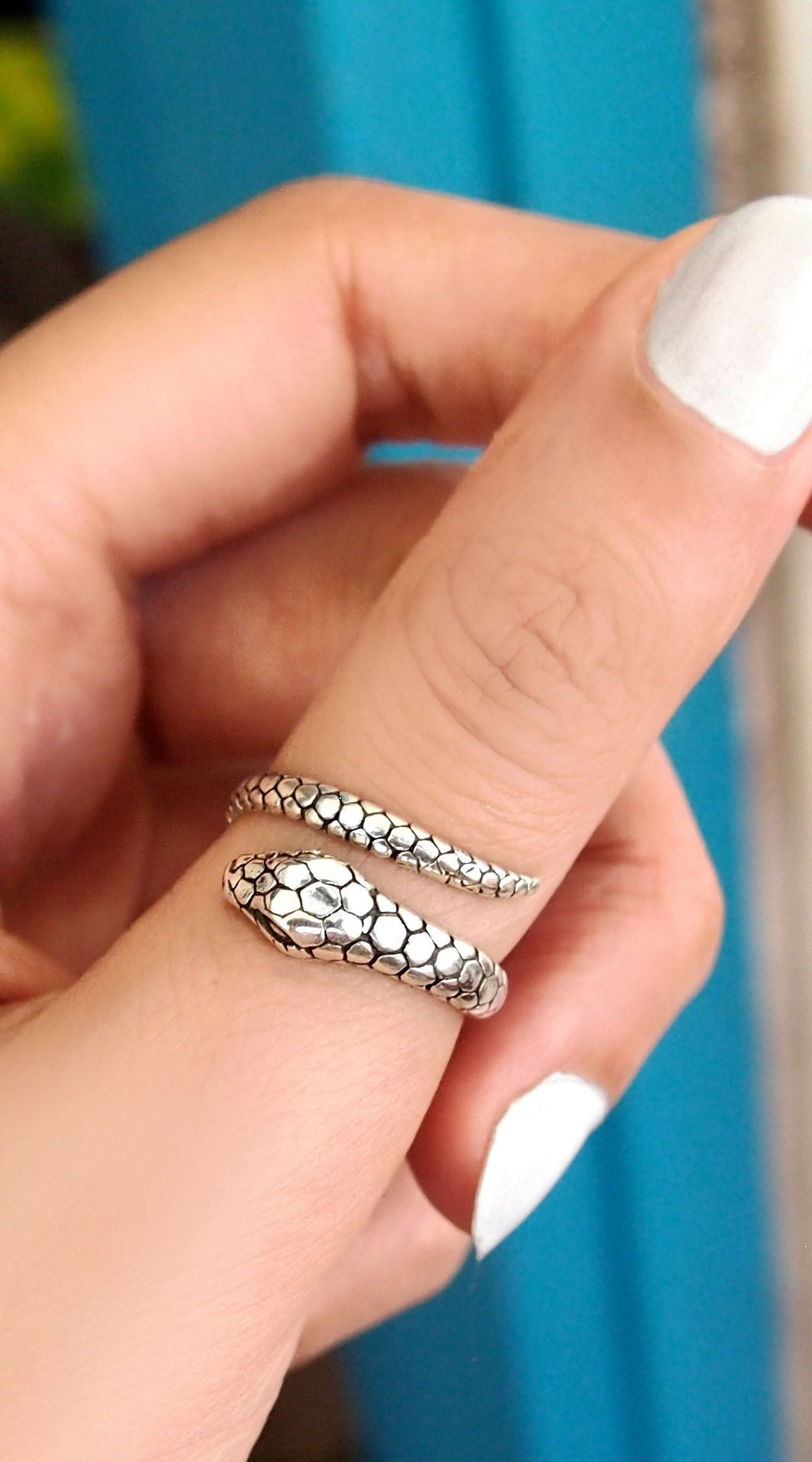 Snake ring, sterling silver rings for women, boho rings, bohemian jewelry, handmade silver jewelry, wrap ring, adjustable rings, handmade simple rings, best jewelry brands, Statement rings, Best jewelry, hippie style jewelry, accessories rings, chunky stone ring #jewelryshops #boho #bohojewelry #bohomagic