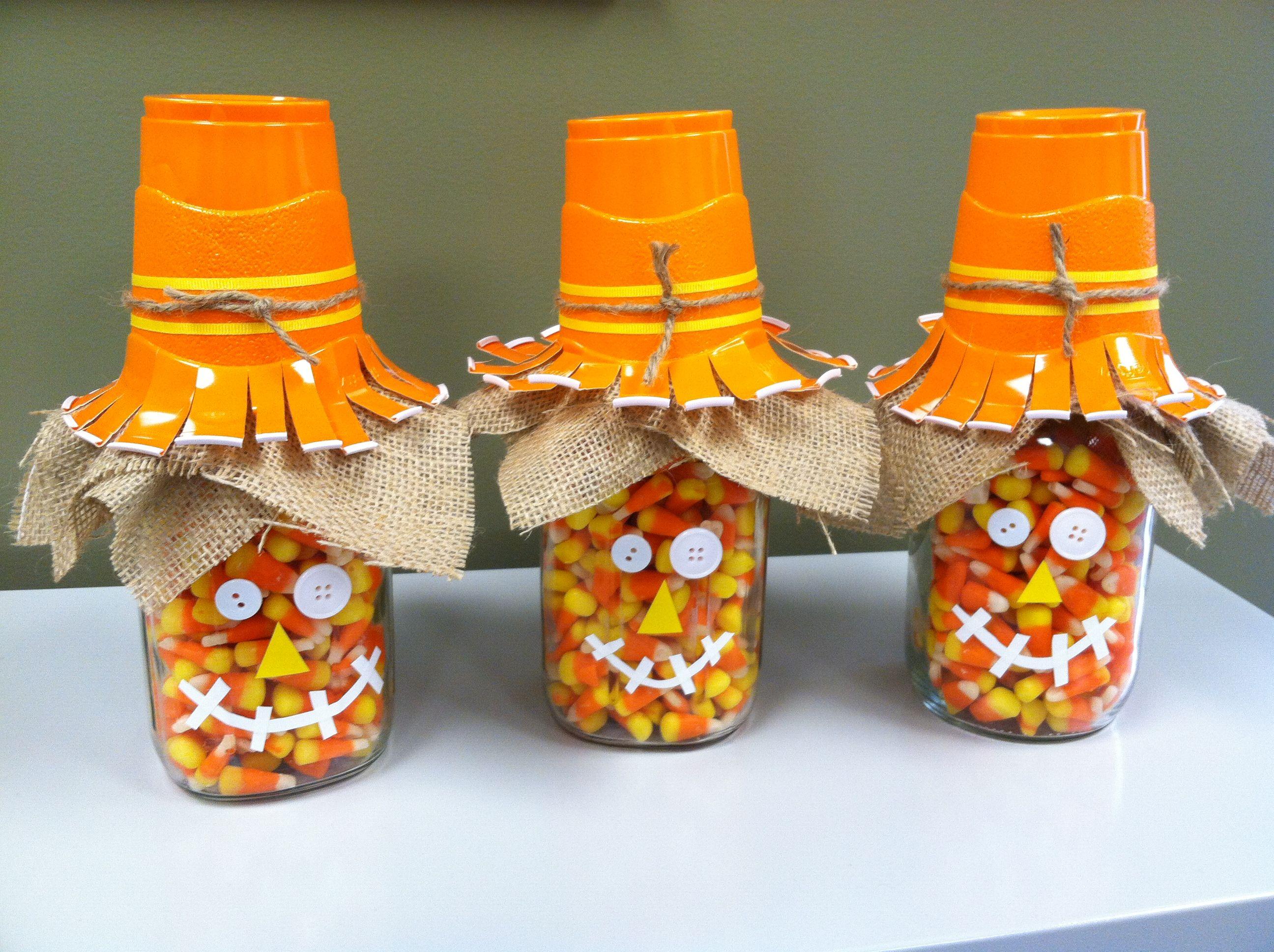 Candy corn scarecrows using mason jars! Super cute! | Halloween ...