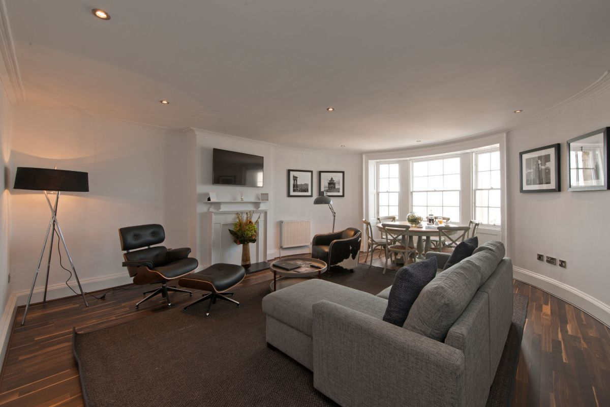 Living room, George Street Serviced Apartments, Edinburgh ...