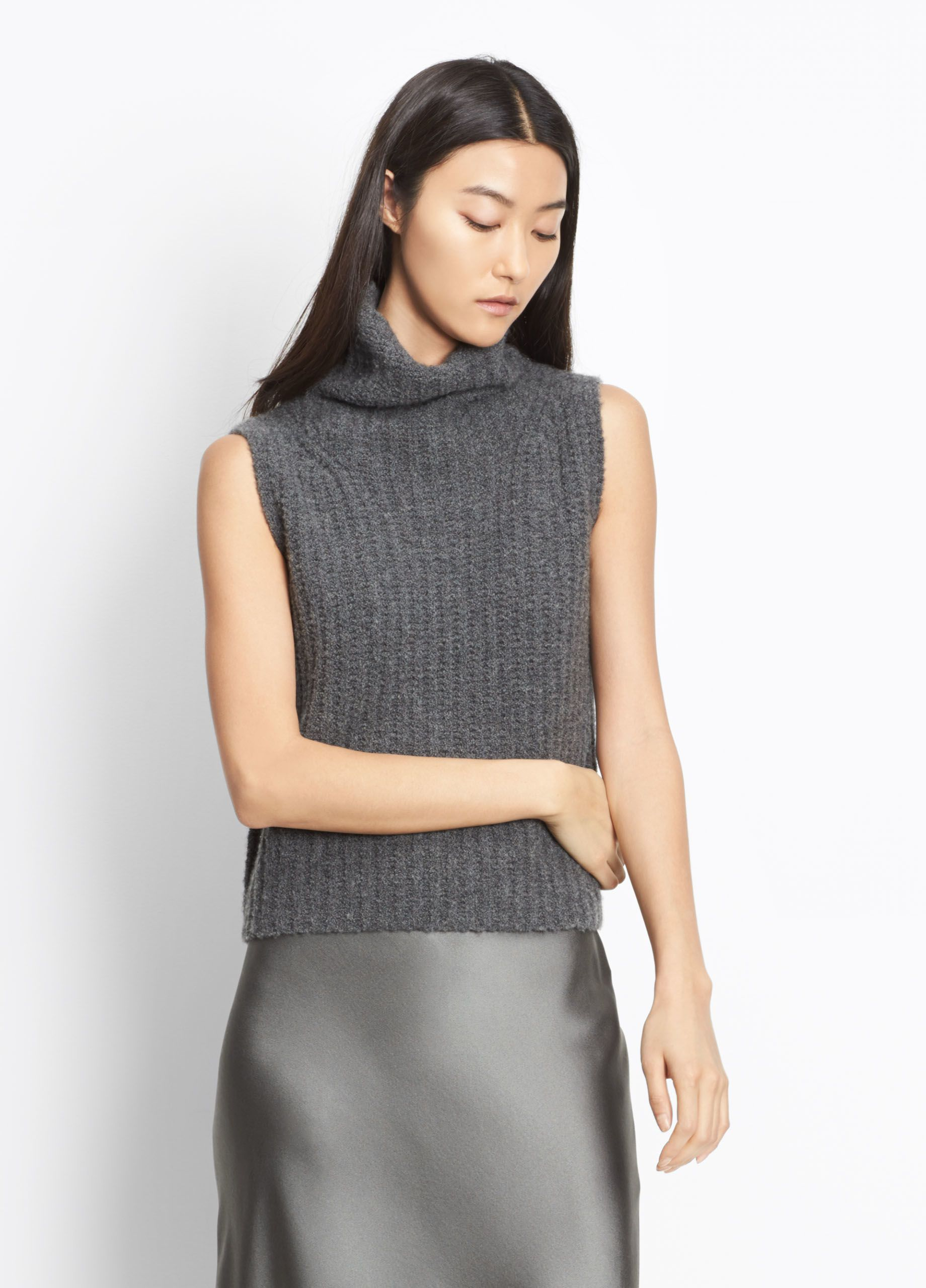 e8f1eb207e0ee Chunky Cashmere Sleeveless Turtleneck for Women