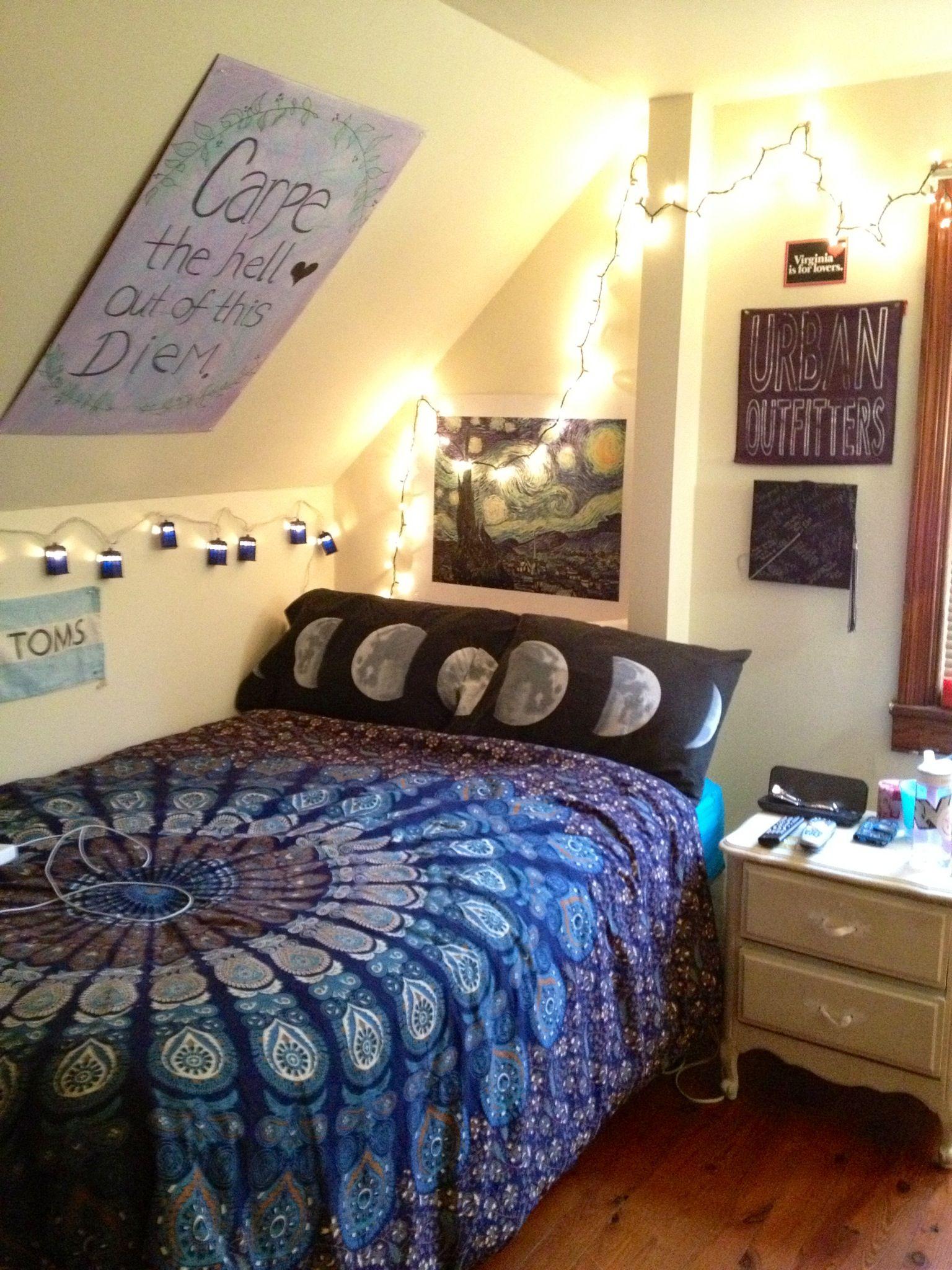 Delightful Starry Night Themed Room