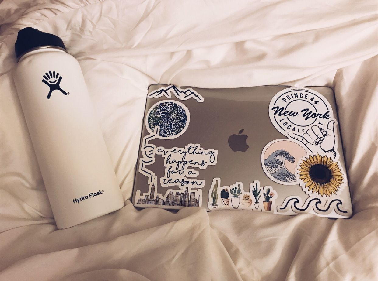 Hydro flask & MacBook