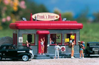 Downtown diner 62250 | piko | g scale | Black Forest Hobby Supply Co