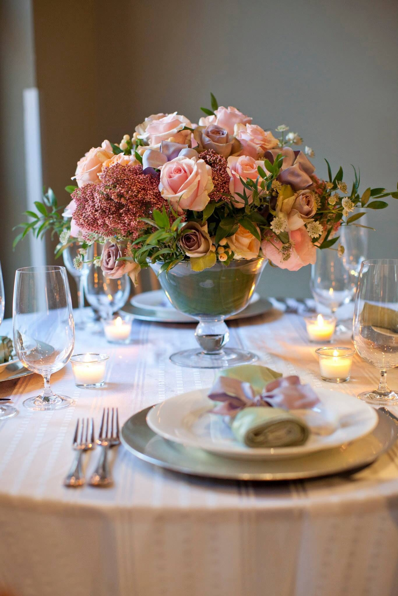 Love this dusty pink palette in a compote for a wedding centerpiece by  David Handy at New York Flower School workshop.