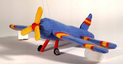 _16b_airplane__medium | Knitted toys, An aeroplane, Knitted