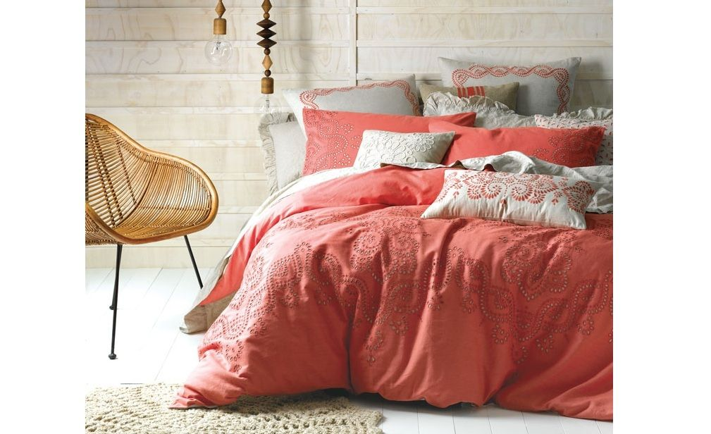 20 Outstanding Linen Bedding Sets Image Ideas   apt   Pinterest ...