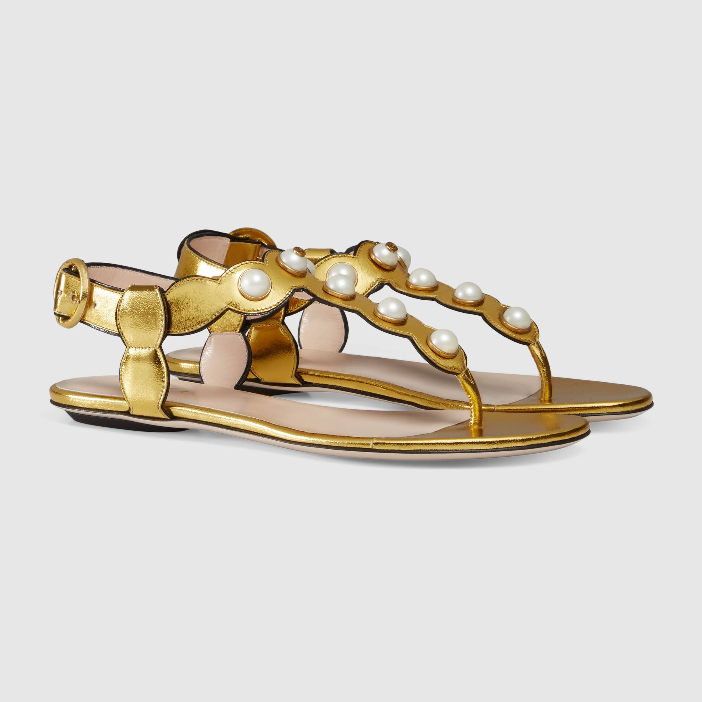 91917e1f3e93 Gucci Women - Gucci Willow Gold leather thong sandals -  695.00 ...
