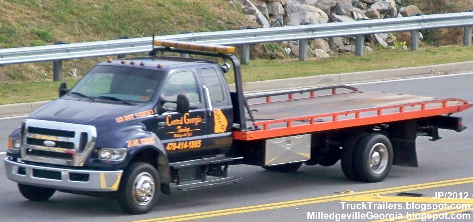 Ford wrecker tow truck jerr dan roll back www travisbarlow com towing and