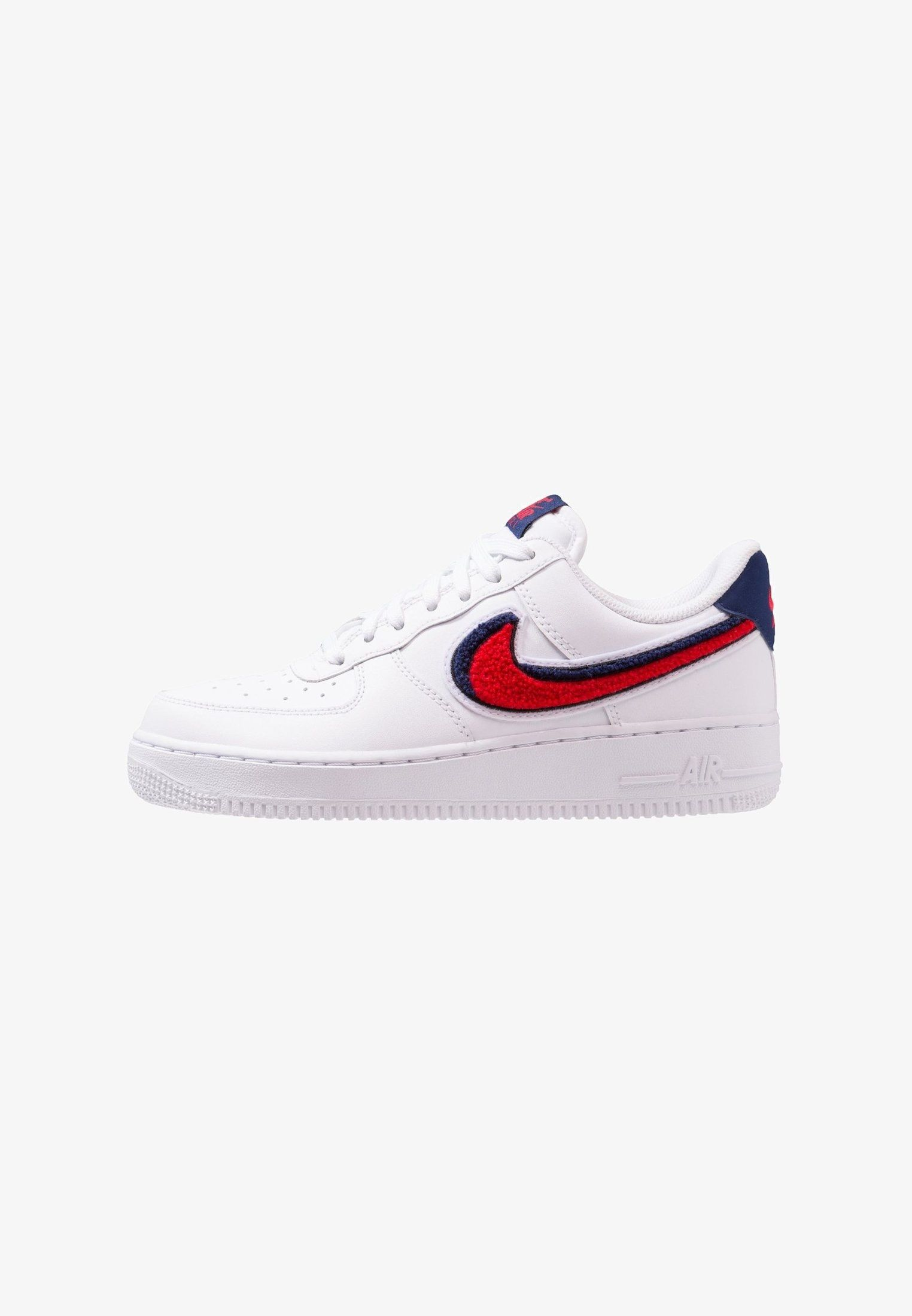 Nike Sportswear Air Force 1 07 Lv8 Baskets Basses White Univ Red Blue Void Zalando Fr Nike Sportswear Nike White Nikes