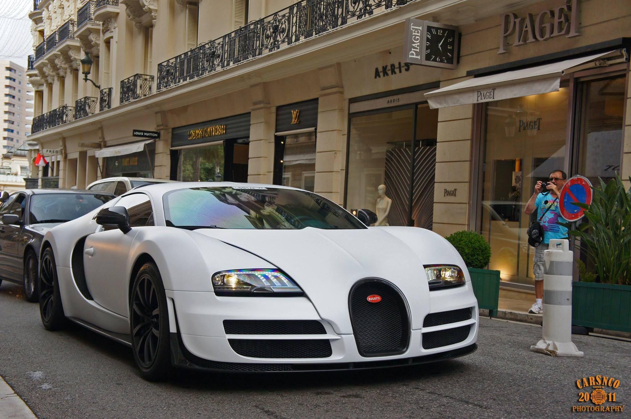 Monaco driver causes intrigue with newly modified Bugatti Veyron  - http://www.modifiedcars.com/cars/532161/monaco-driver-causes-intrigue-with-newly-modified-bugatti-veyron