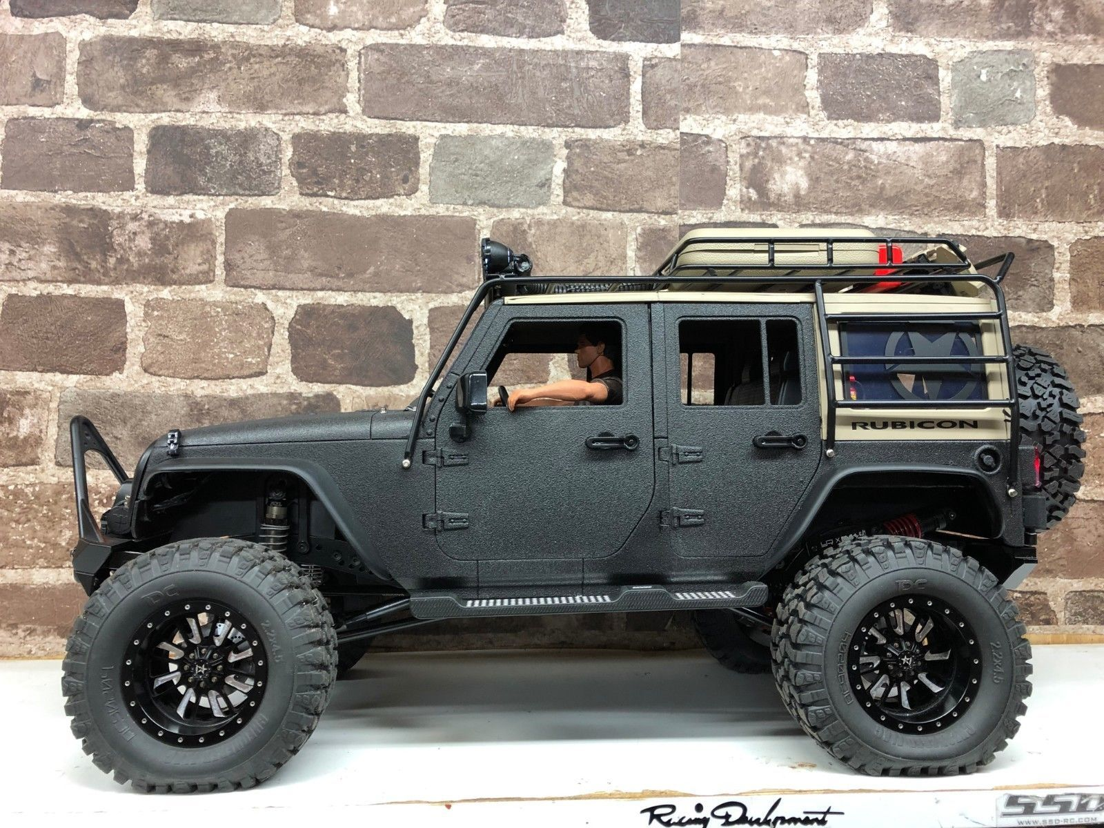New Bright Jeep Custom Rock Crawler Rtr 1 10 Scale Jeep Axial Rc4wd Radio Controlled Boats Rc Jeep Rc Rock Crawler