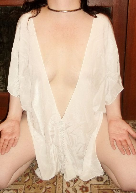 New BIANCA Gorean Kajira Beautiful White Silk Tunic Pleasure Slave Size 8-32 Free UK P&P